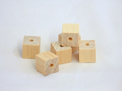 1/2'' Wooden Blocks & Cubes w/ 1/8'' Drilled Hole - 50 pieces